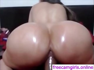 Big booty latina with huge tits